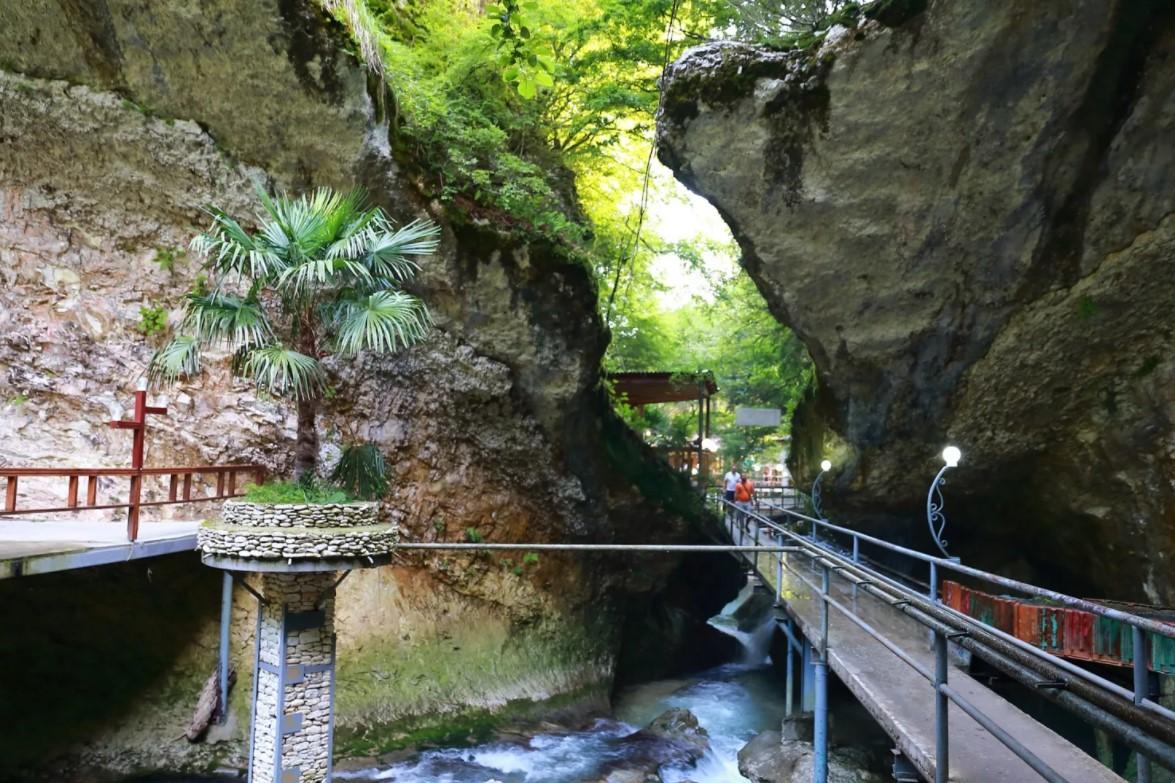 Ущелье в Черниговке (Абхазия)