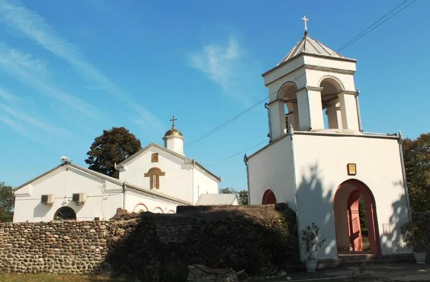 фото: Илорский храм (Абхазия)