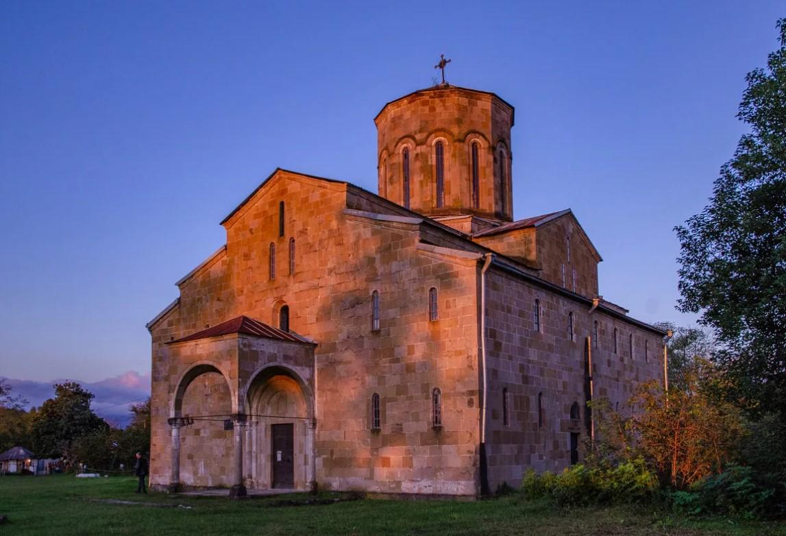 фото: Моквский собор (Абхазия)