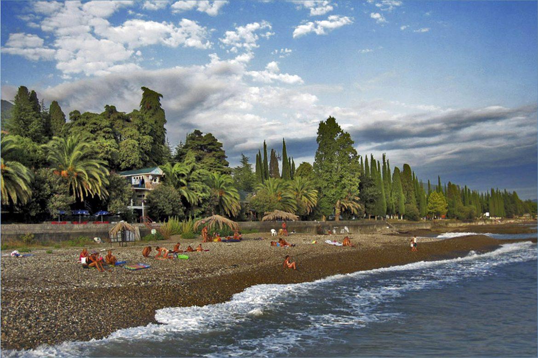 Цены в Абхазии на 2021 год и сколько денег нужно с собой на отдых?