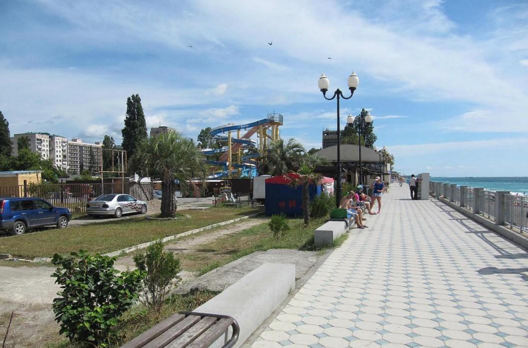 Фото: набережная, Гагры, Абхазия