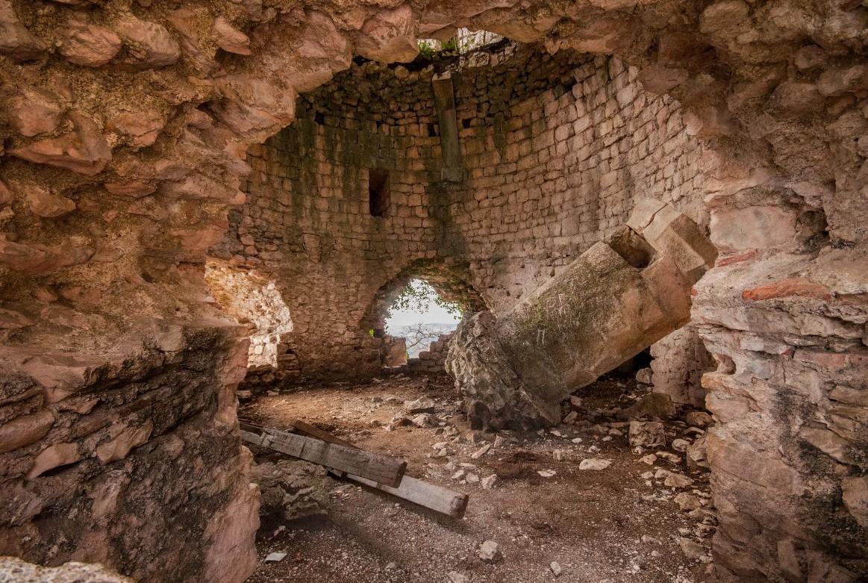 Крепость Анакопия на Иверской горе (Абхазия)