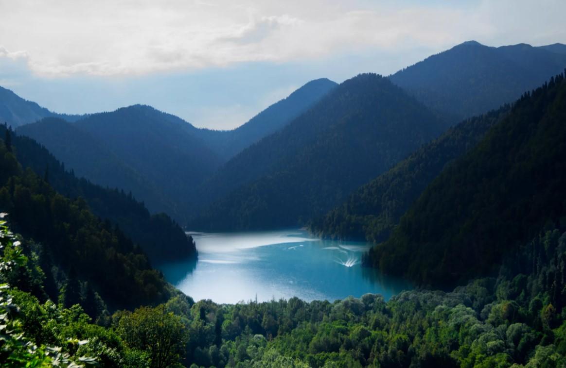 фото: Озеро Рица